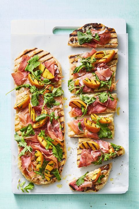 grilled flatbread recipe topped with nectarines and proscuitto