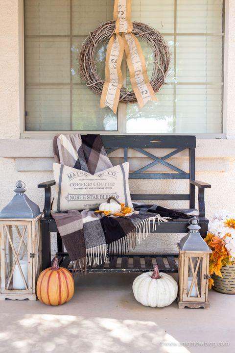 fall porch decor, farmhouse decor