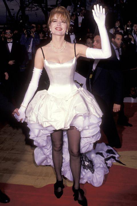 Scandalous Oscars Dresses - Geena Davis
