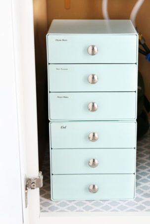 small bathroom storage ideas - under the sink drawers