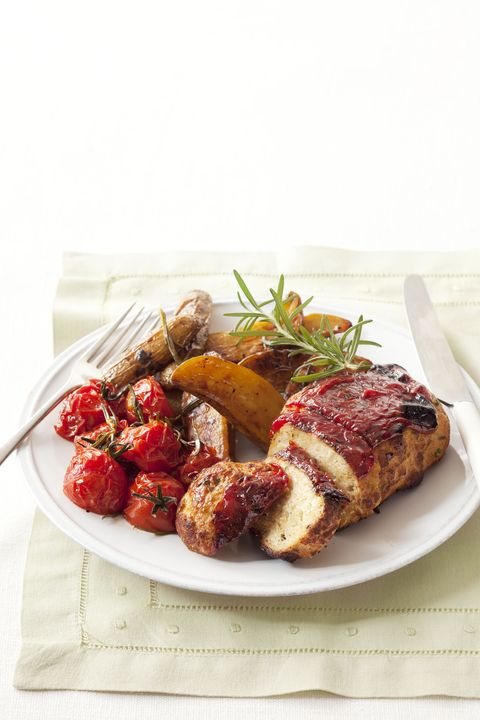 mini meatloaves with veggies