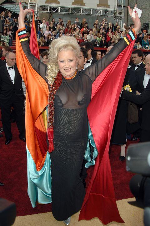 Scandalous Oscars Dresses - Sally Kirkland